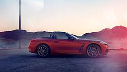 Ефектний BMW Z4 First Edition.